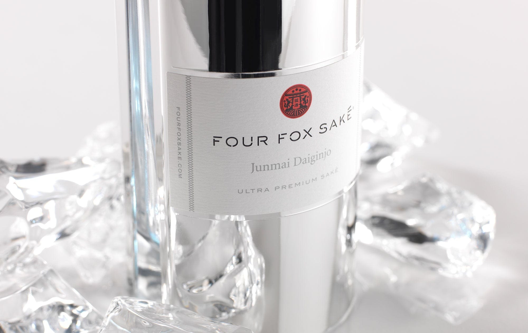 Four_Fox Sake Packaging Design